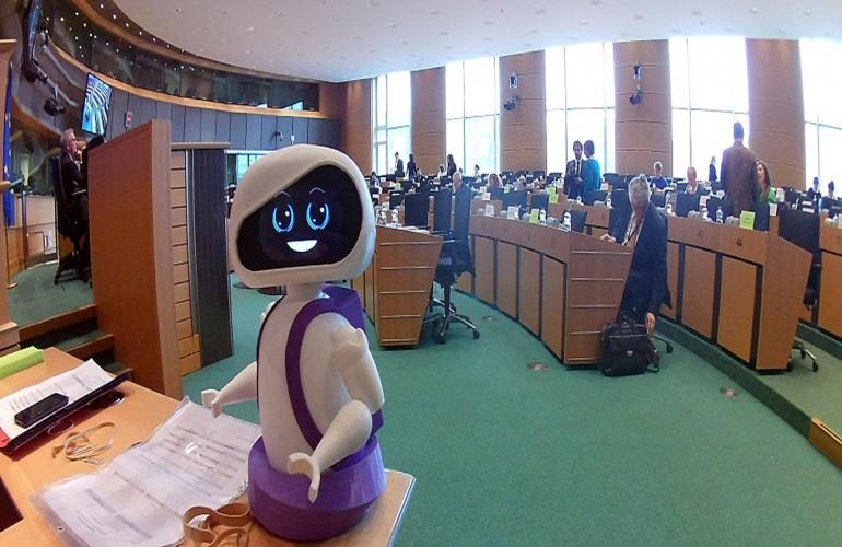 Στο Ευρωκοινοβούλιο η Ακαδημία Ρομποτικής του Πανεπιστημίου Μακεδονίας